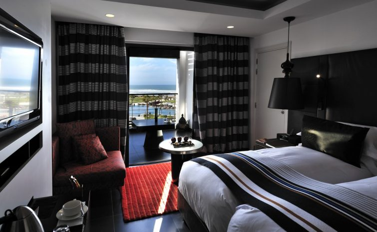 superior-room-2-separate-beds-pool-view